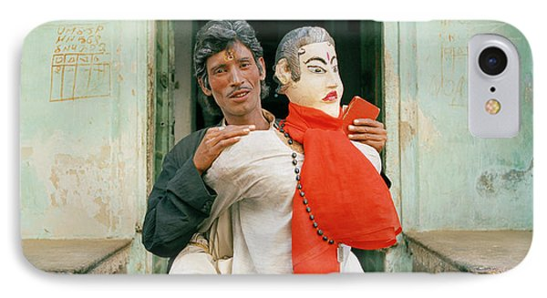 The Jaipur Street Performer  IPhone Case by Shaun Higson