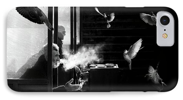 The Man Of Pigeons IPhone 7 Case