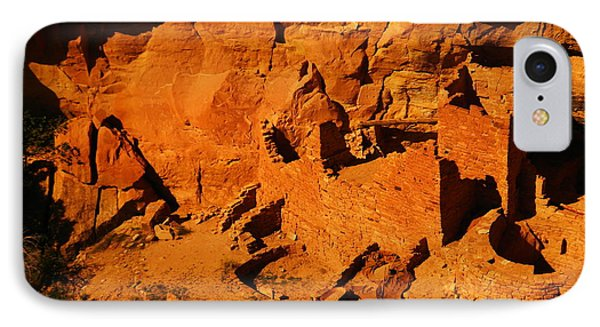 The Ruins In Rock At Mesa Verde IPhone Case