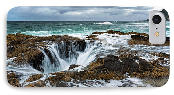 Thor's Well IPhone Case by Robert Bynum
