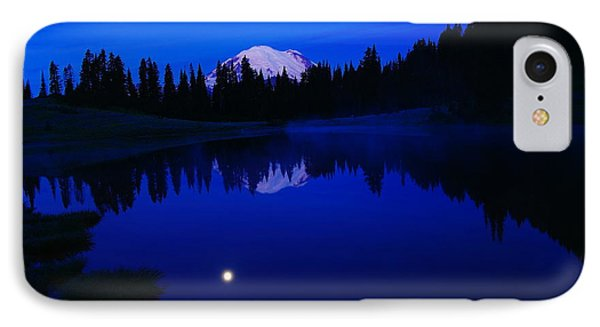Tipoe Lake And Mount Rainer Phone Case by Jeff Swan