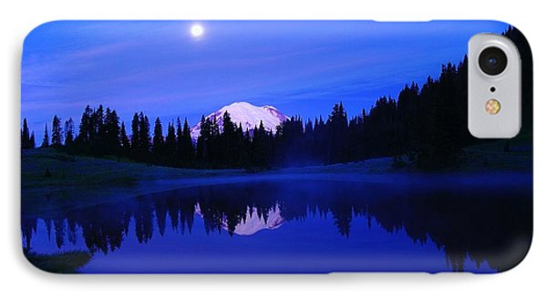 Tipsoe Lake In The Morn  IPhone Case by Jeff Swan