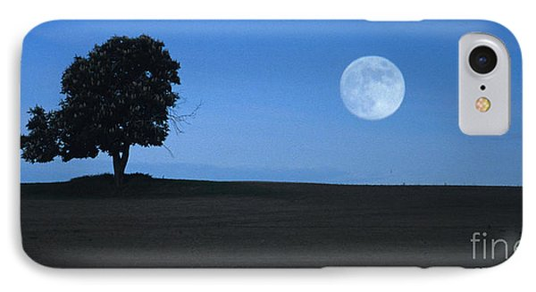 IPhone Case featuring the photograph Twilight Solitude by Sharon Elliott