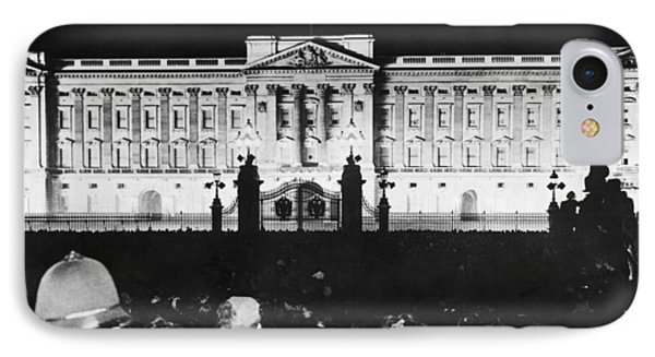 V-e Night In London IPhone Case by Underwood Archives