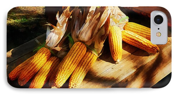 Vegetable - Corn On The Cob At Outdoor Market Phone Case by Susan Savad
