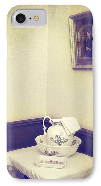 Victorian Wash Basin And Jug Phone Case by Amanda Elwell