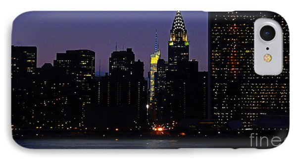 View From Long Island City To The United Nations And Chrysler Building IPhone Case
