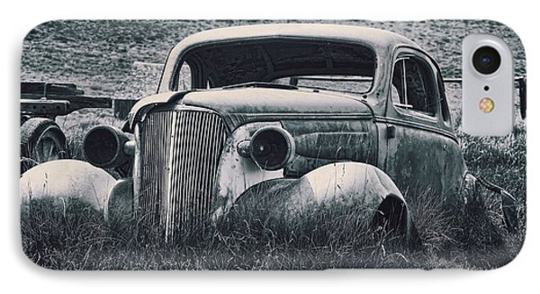 Vintage Car At Bodie Phone Case by Kelley King