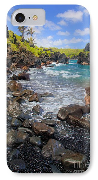 Waianapanapa Rocks Phone Case by Inge Johnsson