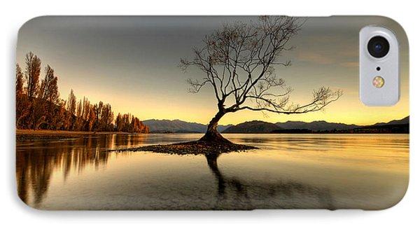 Wanaka - That Tree 1 IPhone Case