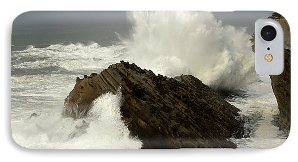 Wave At Shore Acres Phone Case by Bob Christopher