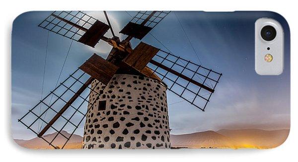 Canary iPhone 7 Case - Windmill by Martin Zalba