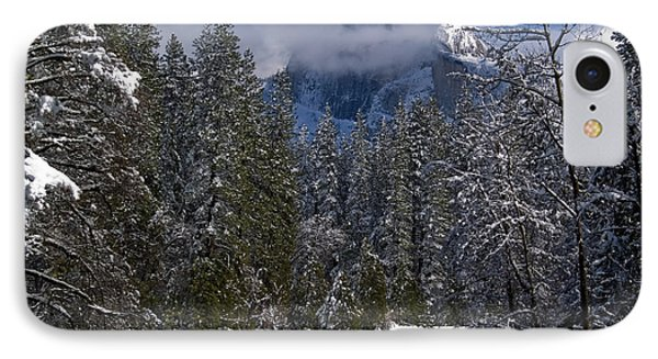 Winter In The Valley Phone Case by Bill Gallagher