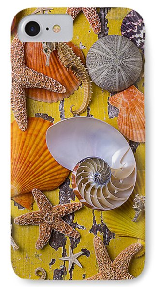 Wonderful Sea Life IPhone 7 Case by Garry Gay