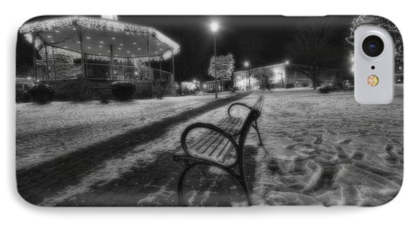 Woodstock Square Xmas Eve Nite IPhone 7 Case