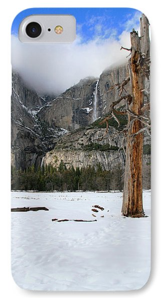 Yosemite In The Dead Of Winter Phone Case by Patricia Sanders