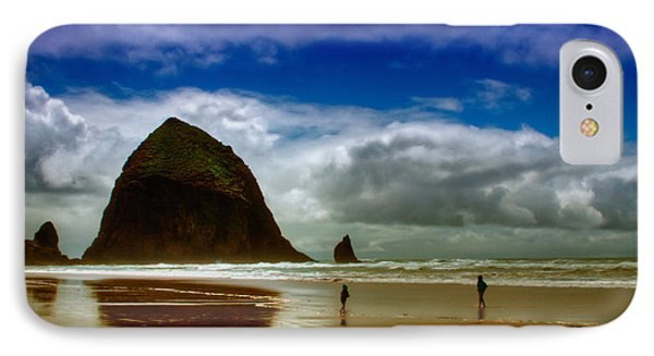 Cannon Beach At Dusk Phone Case by David Patterson