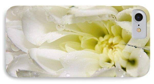 IPhone Case featuring the photograph Fleur Blanche by Sylvie Leandre