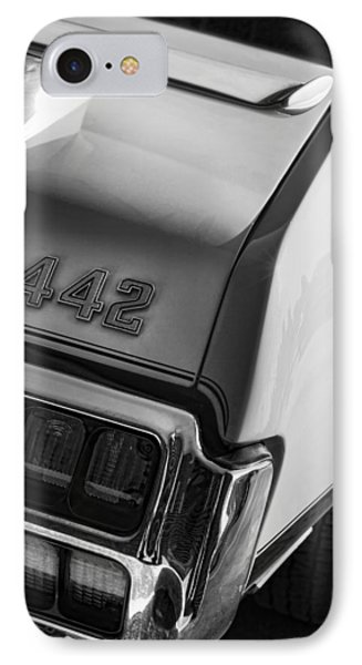 1972 Oldsmobile Cutlass 442 Phone Case by Gordon Dean II