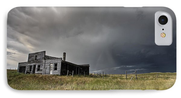 Abandoned Farmhouse Saskatchewan Canada Phone Case by Mark Duffy