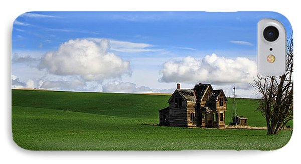 Abandoned House On Green Pasture Phone Case by Steve McKinzie