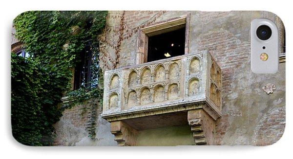 Balcone Di Romeo E Giulietta Phone Case by Martina Fagan