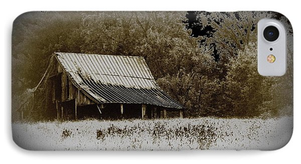 Barn In The Field Phone Case by Travis Truelove