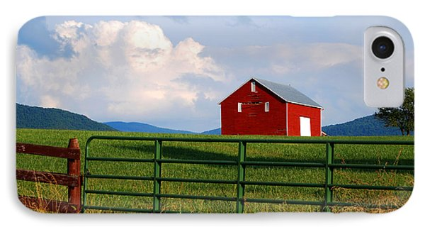 Blue Ridge Barn IPhone Case by Linda Mesibov