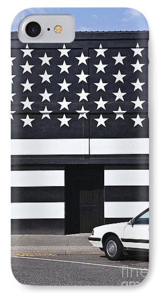 Building With An American Flag Paint Job Phone Case by Paul Edmondson