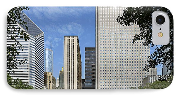 Chicago Millennium Monument And Fountain Phone Case by Christine Till