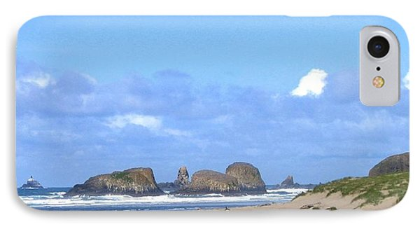 Chimneys Of Cannon Beach Phone Case by Will Borden