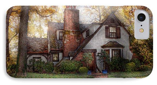 Cottage - Westfield Nj - Grandma Ridinghoods House Phone Case by Mike Savad