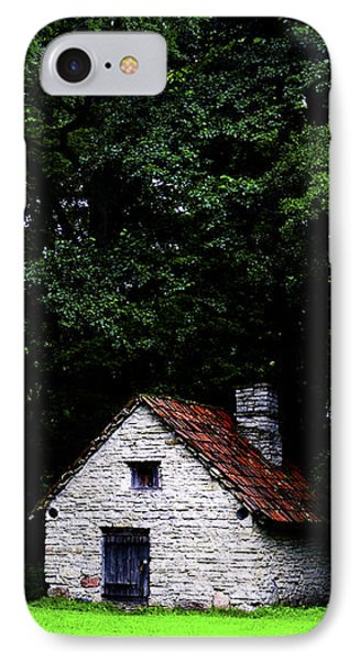Cottage In The Woods Phone Case by Fabrizio Troiani