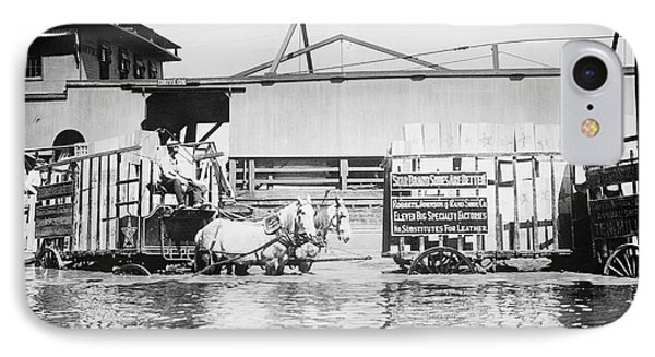 Flooding On The Mississippi River, 1909 Phone Case by Library of Congress