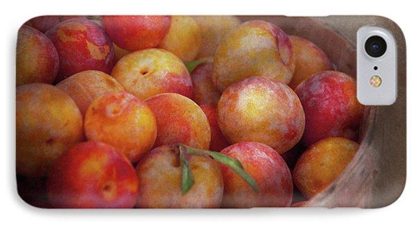 Food - Peaches - Farm Fresh Peaches  Phone Case by Mike Savad