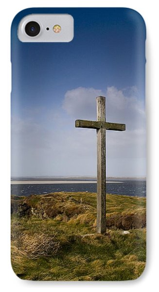 Grave Site Marked By A Cross On A Hill Phone Case by John Short