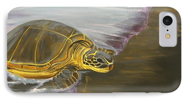 Honu On Black Sand Beach Phone Case by Elaine Haakenson