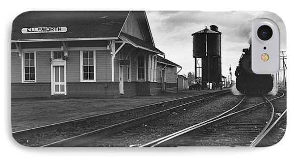Kansas Train Station Phone Case by Myron Wood and Photo Researchers
