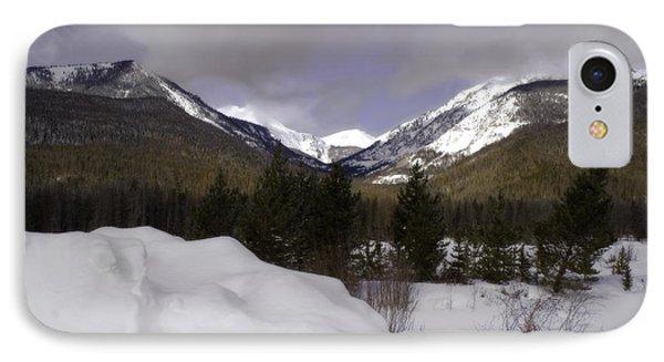 Kawuneeche Valley - Rocky Mountain National Park Phone Case by Ellen Heaverlo