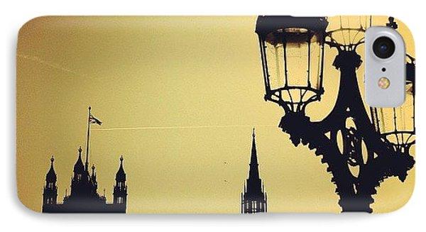 London iPhone 7 Case - #london #westminster #londoneye #siluet by Ozan Goren