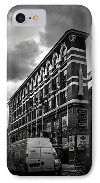 London's Flat Iron Phone Case by Lenny Carter