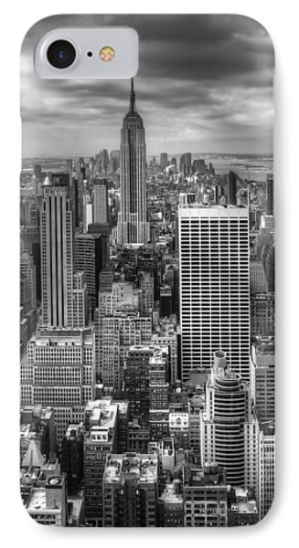 Manhattan01 Phone Case by Svetlana Sewell