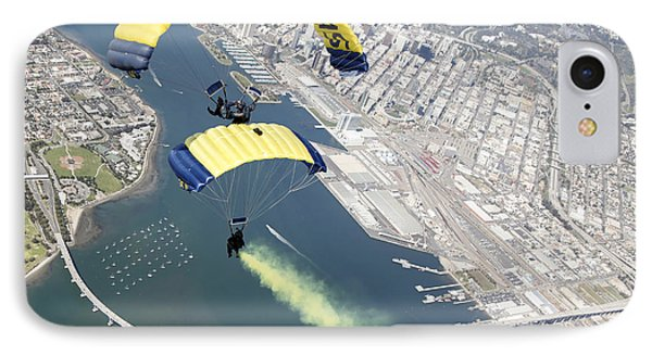 Members Of The U.s. Navy Parachute Team Phone Case by Stocktrek Images