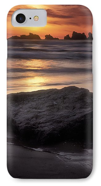 Oregon Sunset Phone Case by Dave Mills