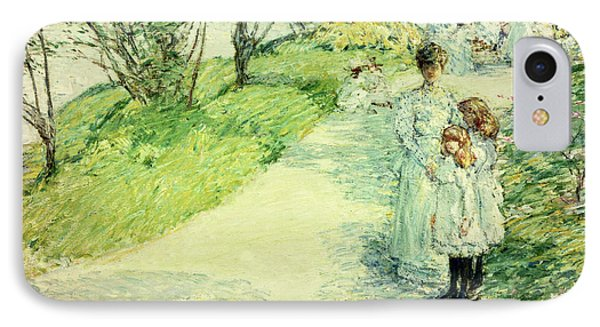 Promenaders In The Garden Phone Case by Childe Hassam