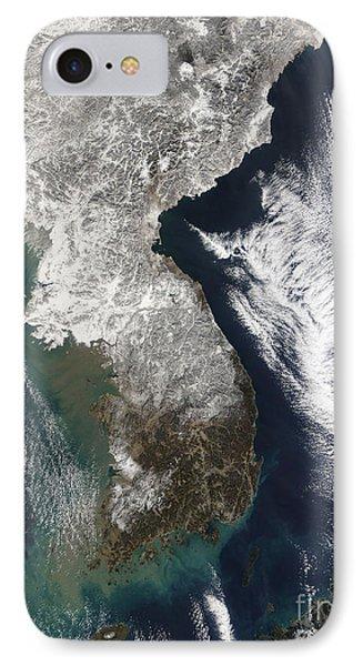 Snow In Korea Phone Case by Stocktrek Images