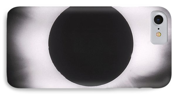 Solar Eclipse With Outer Corona Phone Case by Science Source