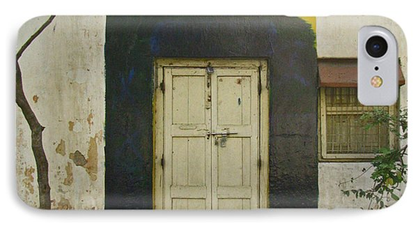 IPhone Case featuring the photograph Somebody's Door by David Pantuso