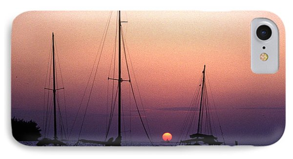 IPhone Case featuring the photograph Sunset Off Simonton Street 14e by Gerry Gantt