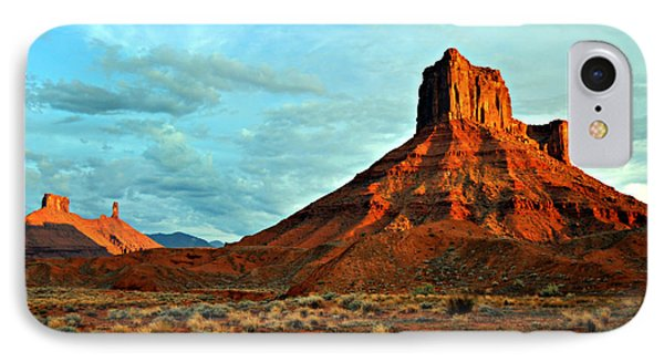 Sunset On The Mesa Phone Case by Marty Koch
